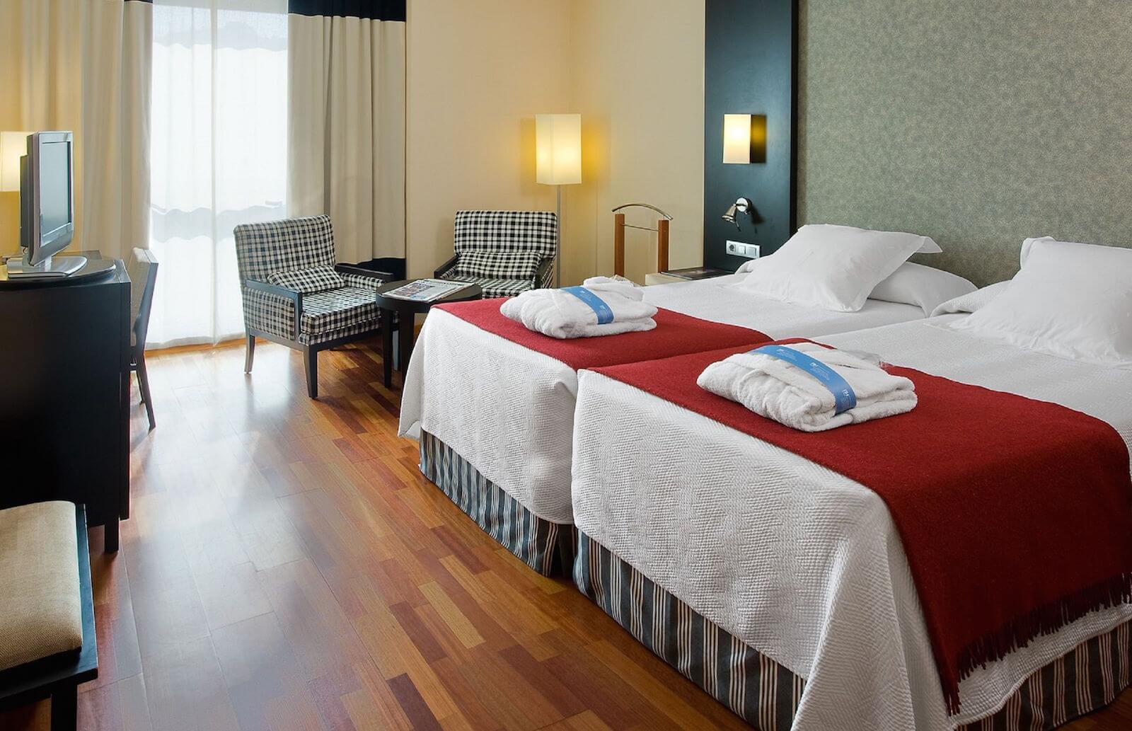 Habitacion Standard Hotel Amistad Murcia cadena NH
